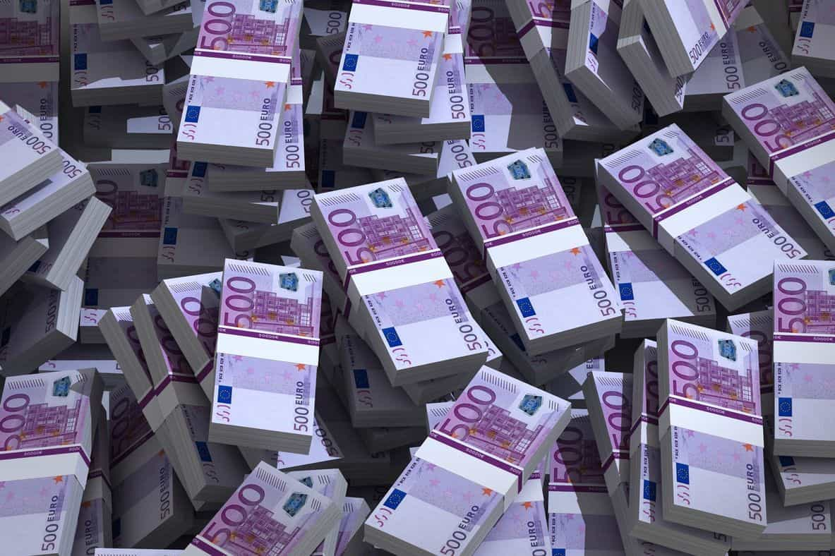 Despesa da administração pública em linha com média da União Europeia