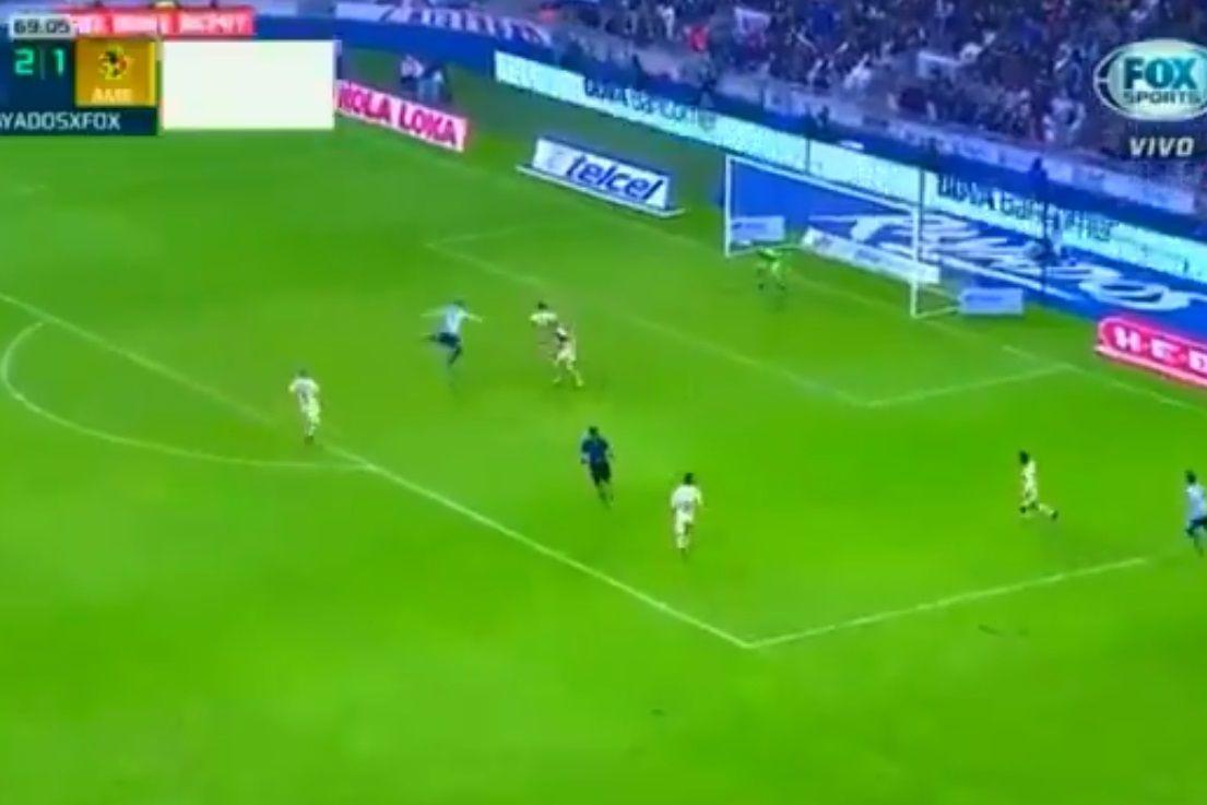 Que classe, Funes Mori. Ex-Benfica marca 'obra prima' no México