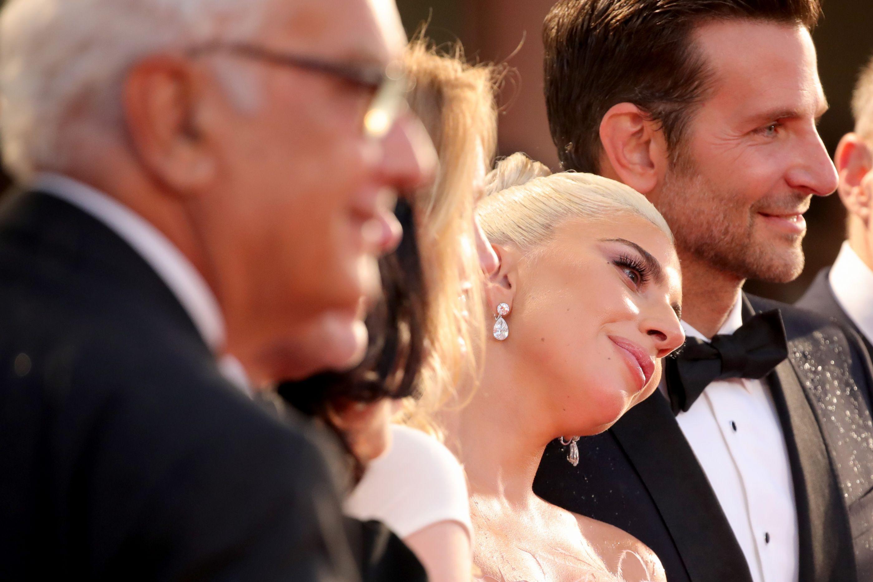 Rumores de romance com Lady Gaga? Bradley Cooper fez de propósito