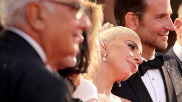 Lady Gaga: Fim do noivado dá asas a alegado caso com Bradley Cooper