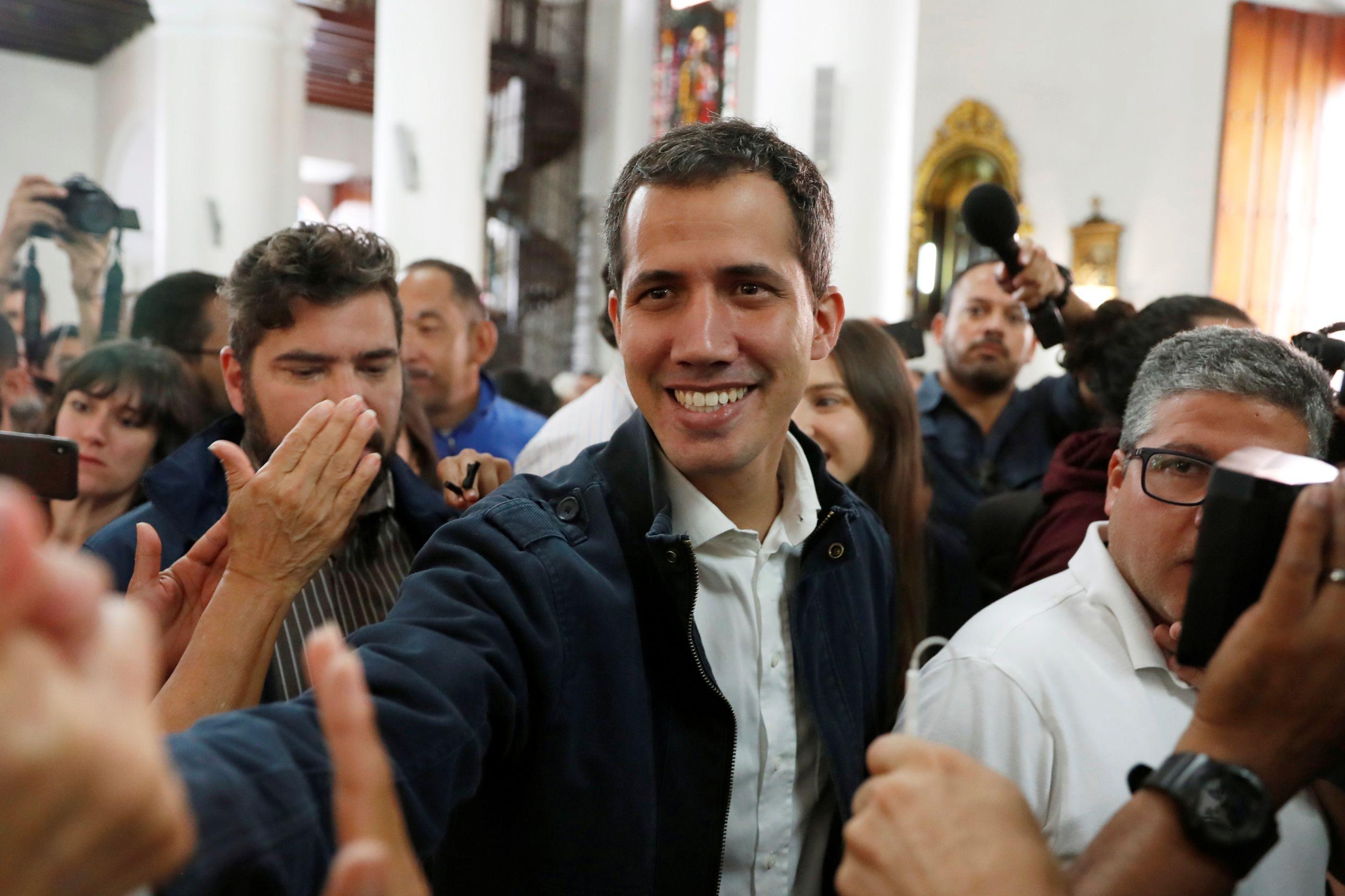 Parlamento Europeu reconhece Juan Guaidó como presidente da Venezuela