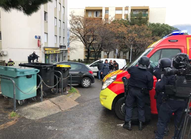 Várias pessoas feridas em tiroteio na Córsega. Há um morto