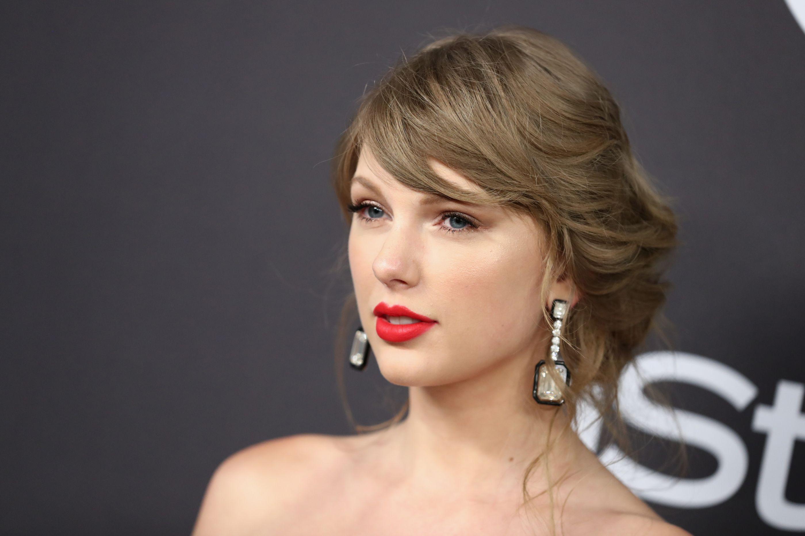 Homem que invadiu casa de Taylor Swift condenado até 4 anos de prisão