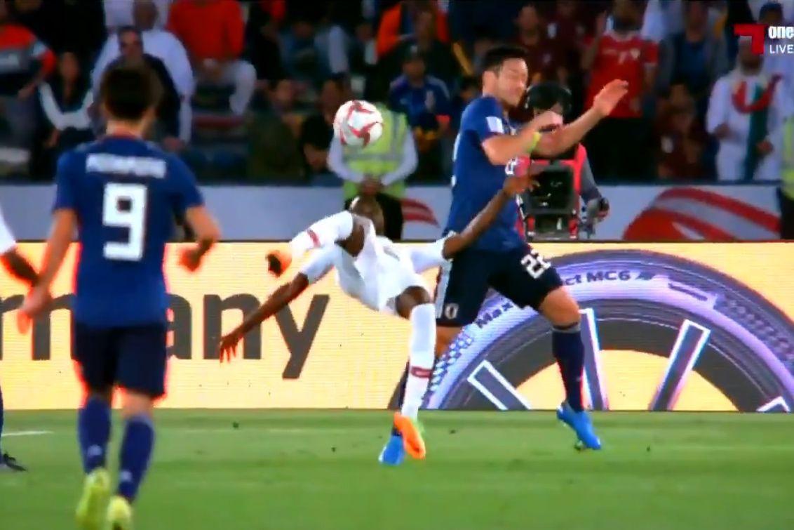 Para ver e rever: Golo 'à CR7' abriu marcador da final da Taça Asiática