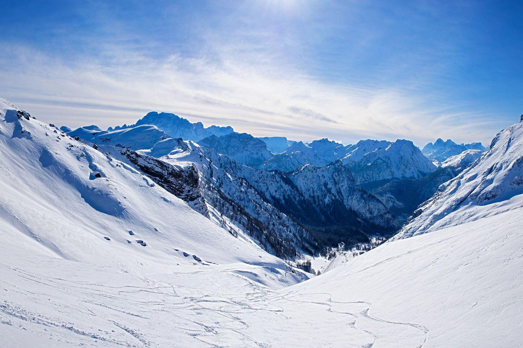 Alpes: Investigadores identificam glaciar contaminado com microplásticos