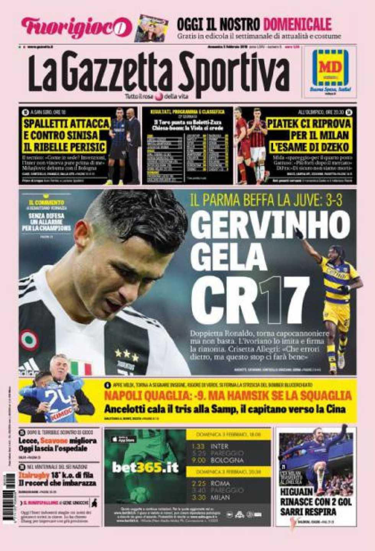 Lá fora: Cristiano Ronaldo como Messi. Felizes... mas pouco