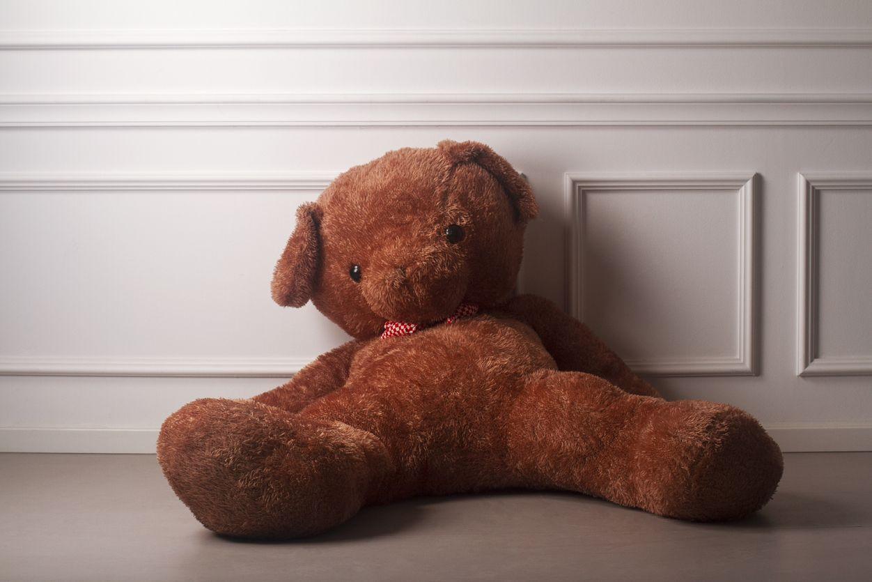 Matou filho recém-nascido e escondeu o corpo dentro de um peluche
