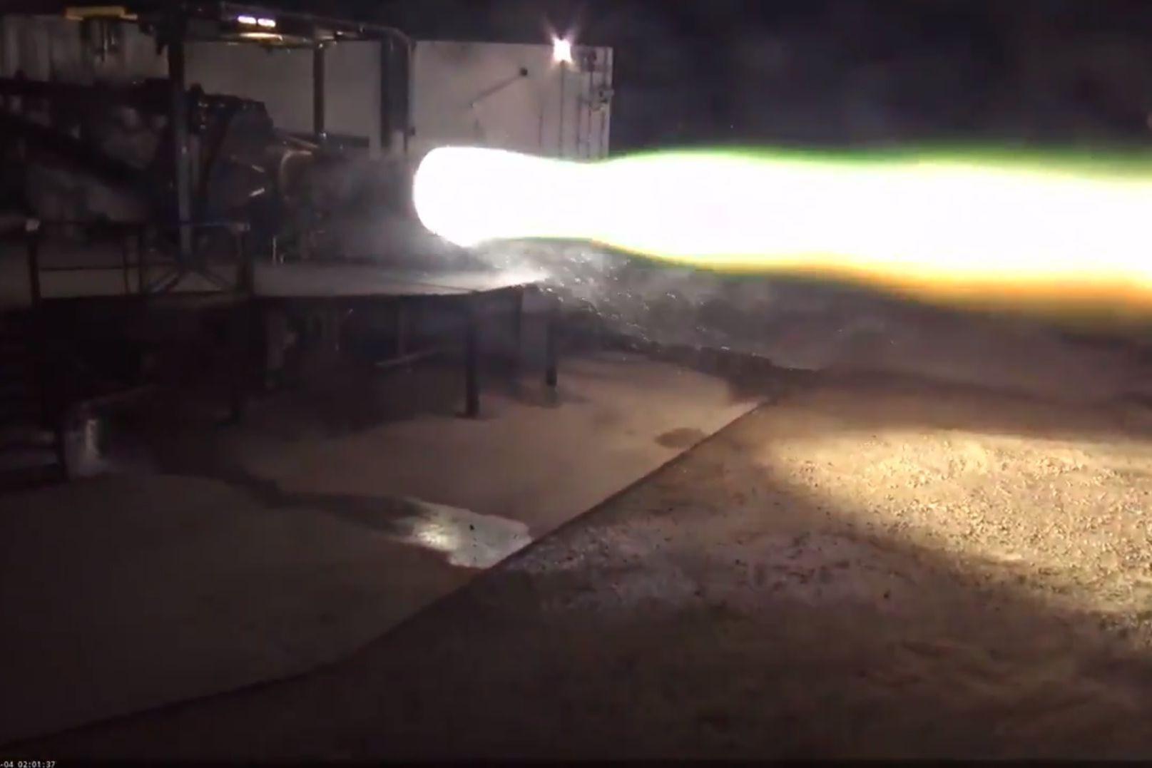 Elon Musk partilhou imagens do novo foguetão da SpaceX