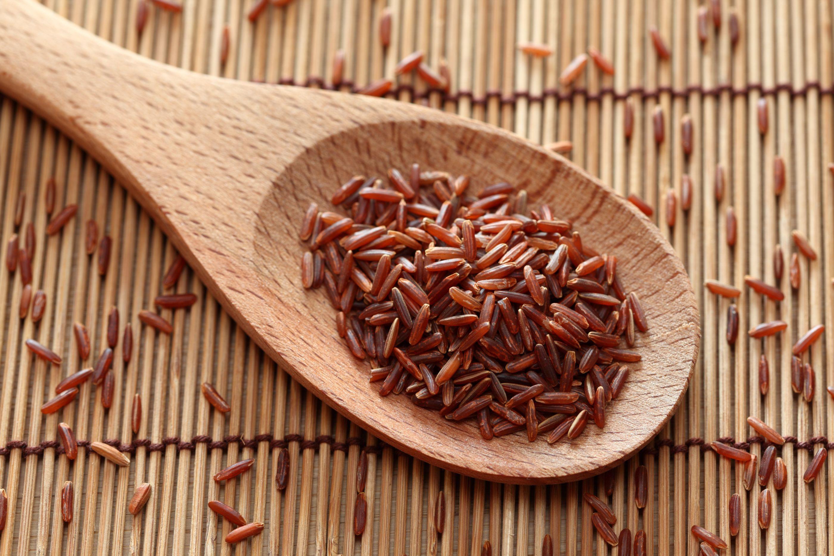 Reduz colesterol e emagrece: Descubra mais 3 benefícios do arroz vermelho