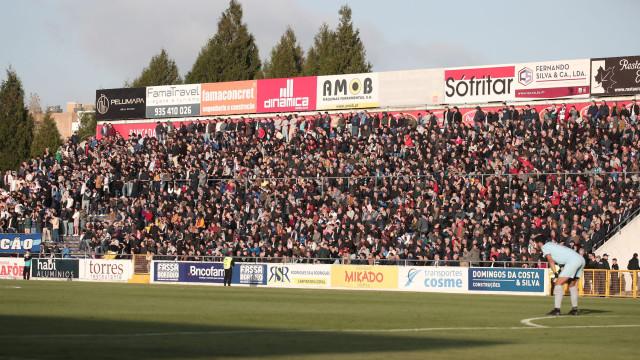 Benfica e Famalicão lideram na média de espetadores na I e II Liga