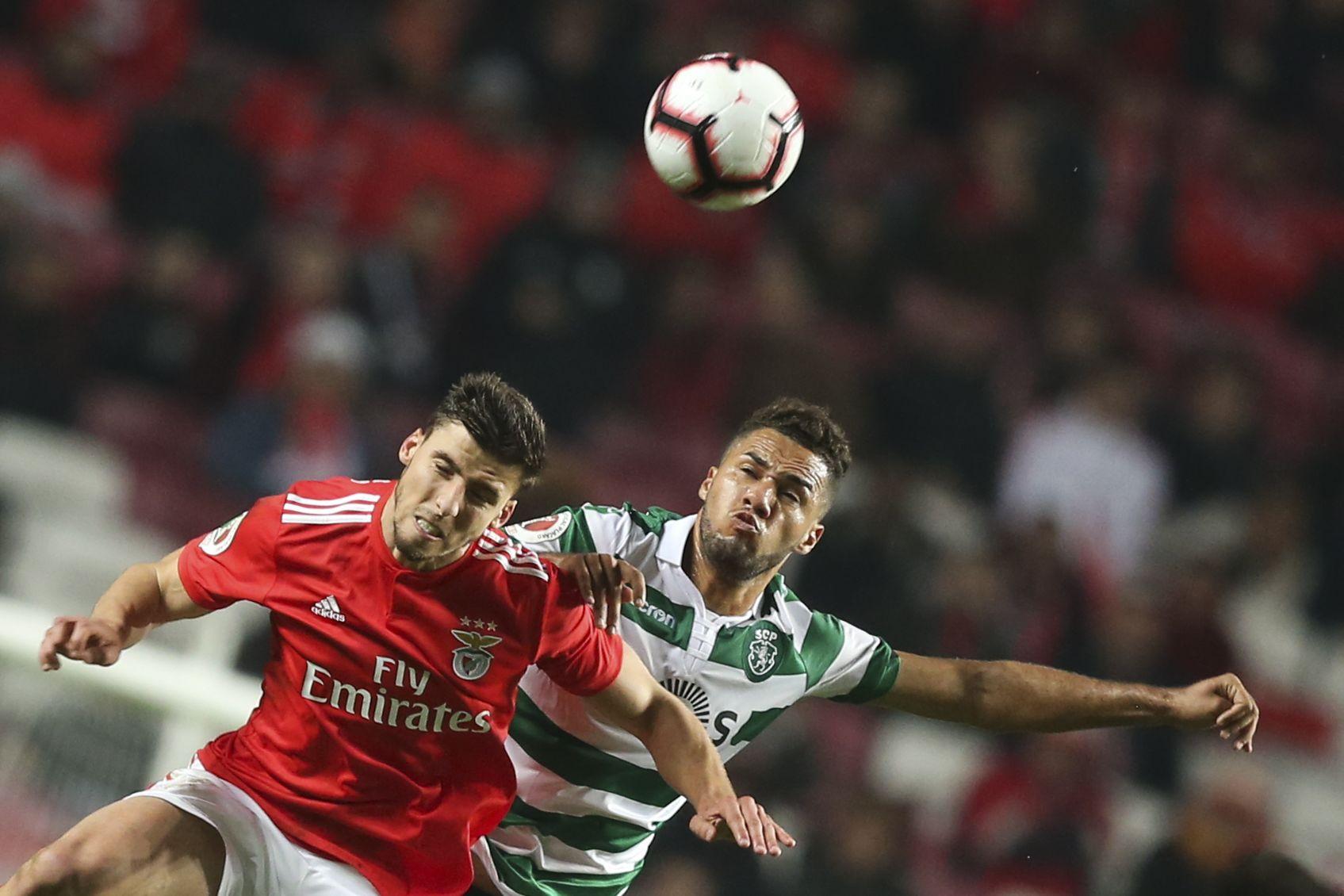 [2-0] Benfica-Sporting: Grimaldo falha de forma escandalosa o terceiro