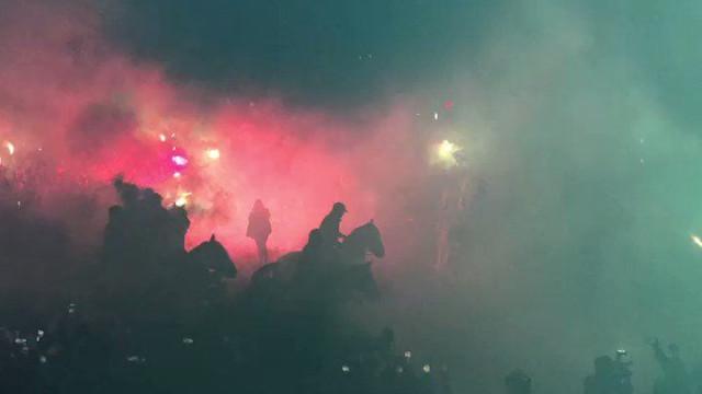 Benito Villamarín: Casa do Betis vestiu-se de 'inferno' para receber Taça