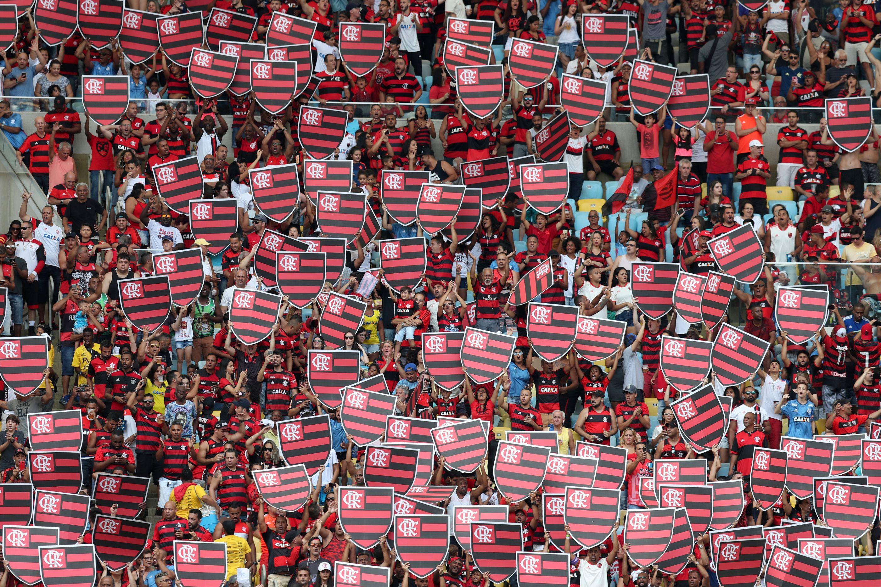 Incêndio em centro de treinos do Flamengo faz dez mortos