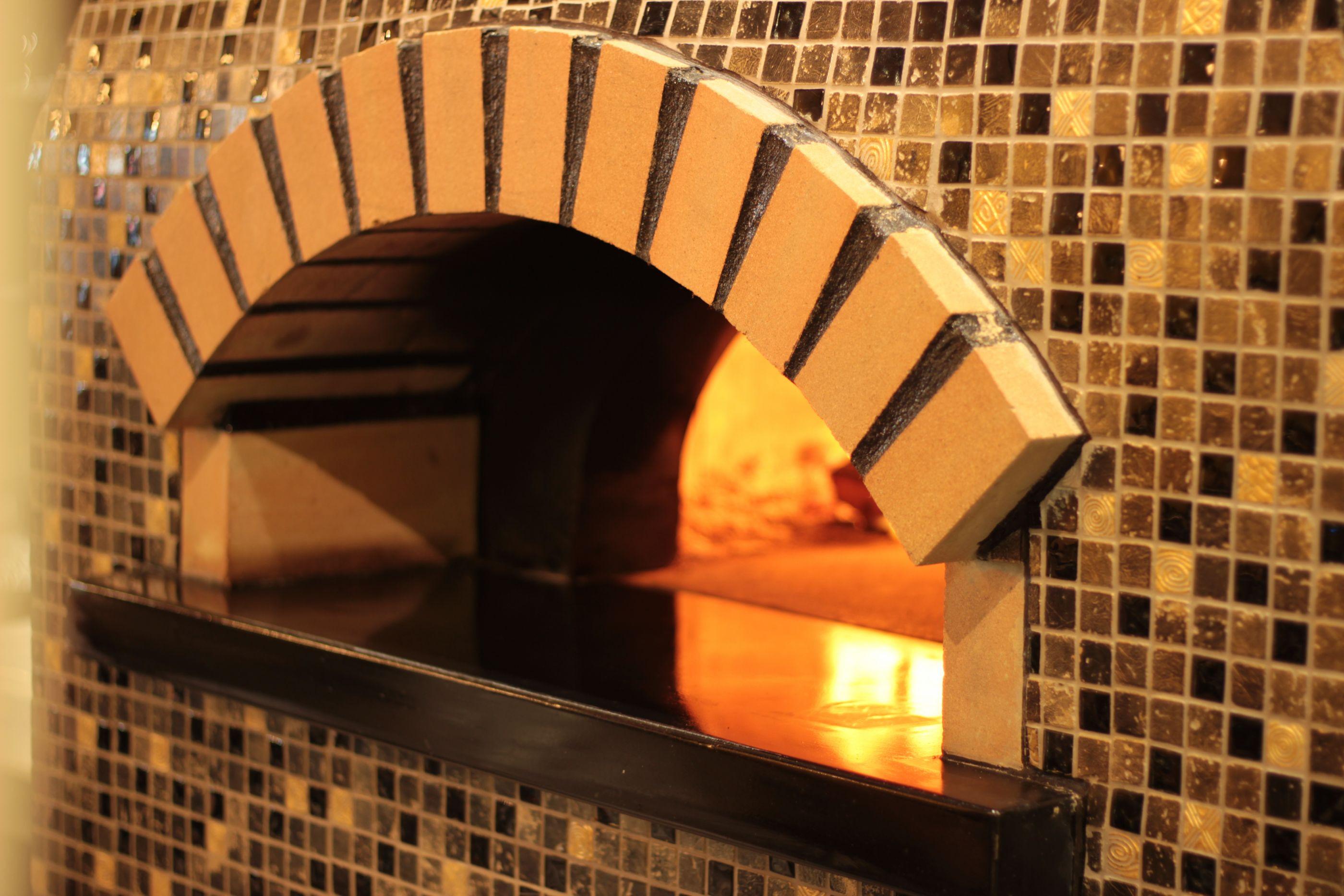 Bello Forno celebra o S. Valentim com a 'vera pizza napolitana' ou pastas