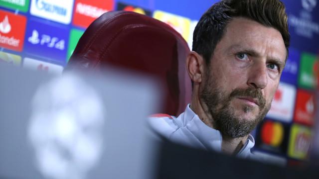 Oficial: Roma despede Di Francesco depois de derrota no Dragrão