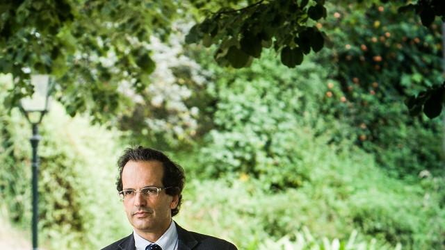 """Trigo Pereira lamenta PS """"a ir para além do Tratado Orçamental"""""""