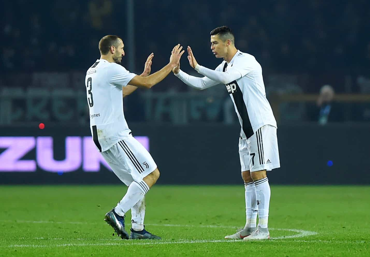 Chiellini comparou CR7 a duas figuras ímpares do desporto