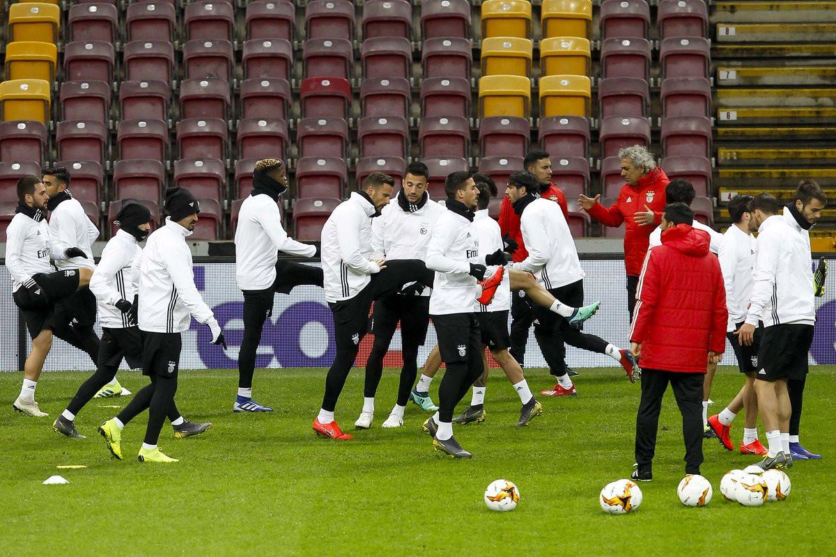 Galatasaray-Benfica: Os elogios às águias vêm com... rasteira?