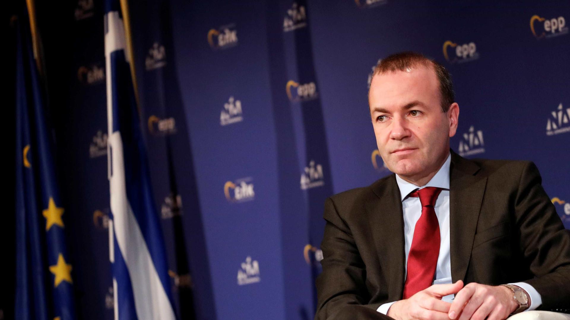 Manfred Weber defende medidas migratórias mais duras