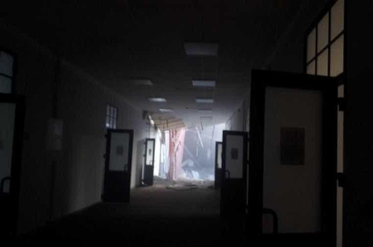 Universidade de São Petersburgo colapsa. Há várias pessoas soterradas