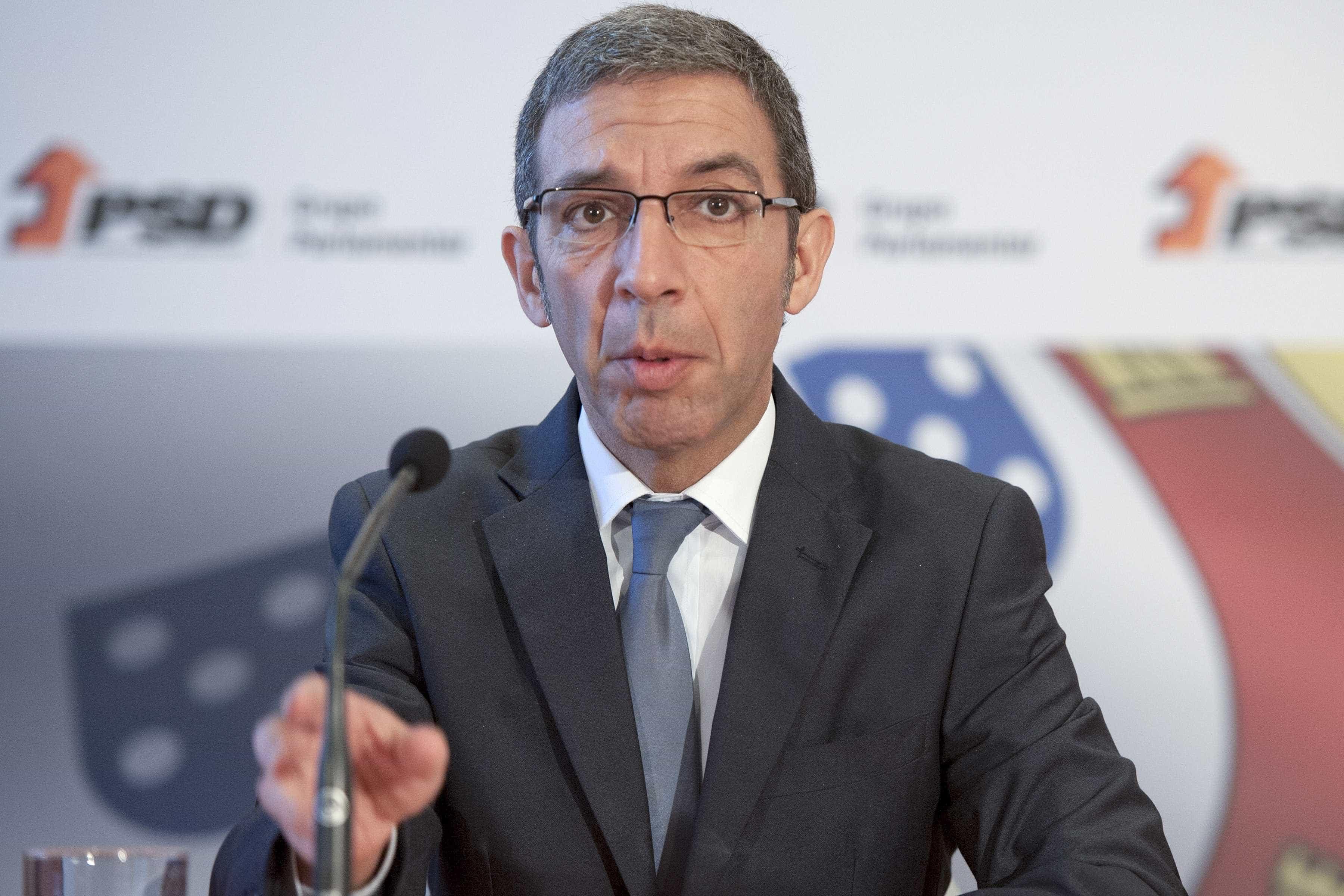 PSD chama Centeno ao Parlamento por causa de injeção no Novo Banco