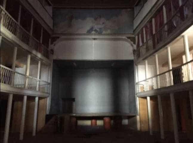 Teatro de Portalegre à venda no OLX por 350 mil euros