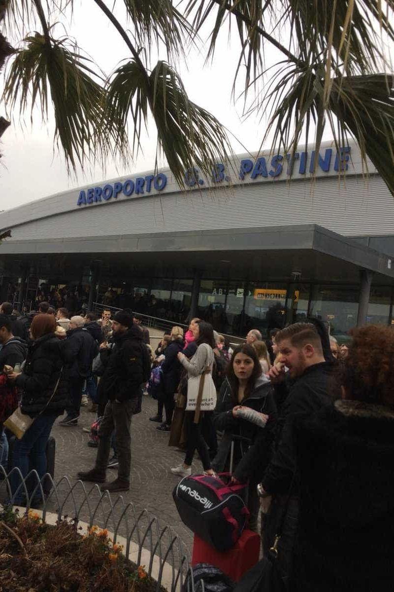 Aeroporto de Roma evacuado e encerrado devido a incêndio