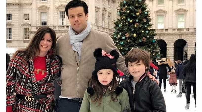 Colunista com cancro critica easyJet por separá-la da família em voo