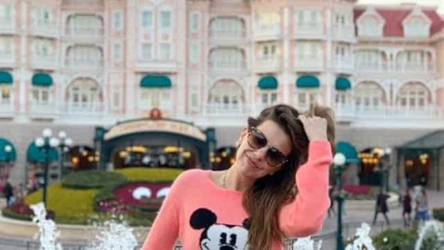 Depois da Disneyland, 'Pipoca Mais Doce' passeia pelas ruas de Paris
