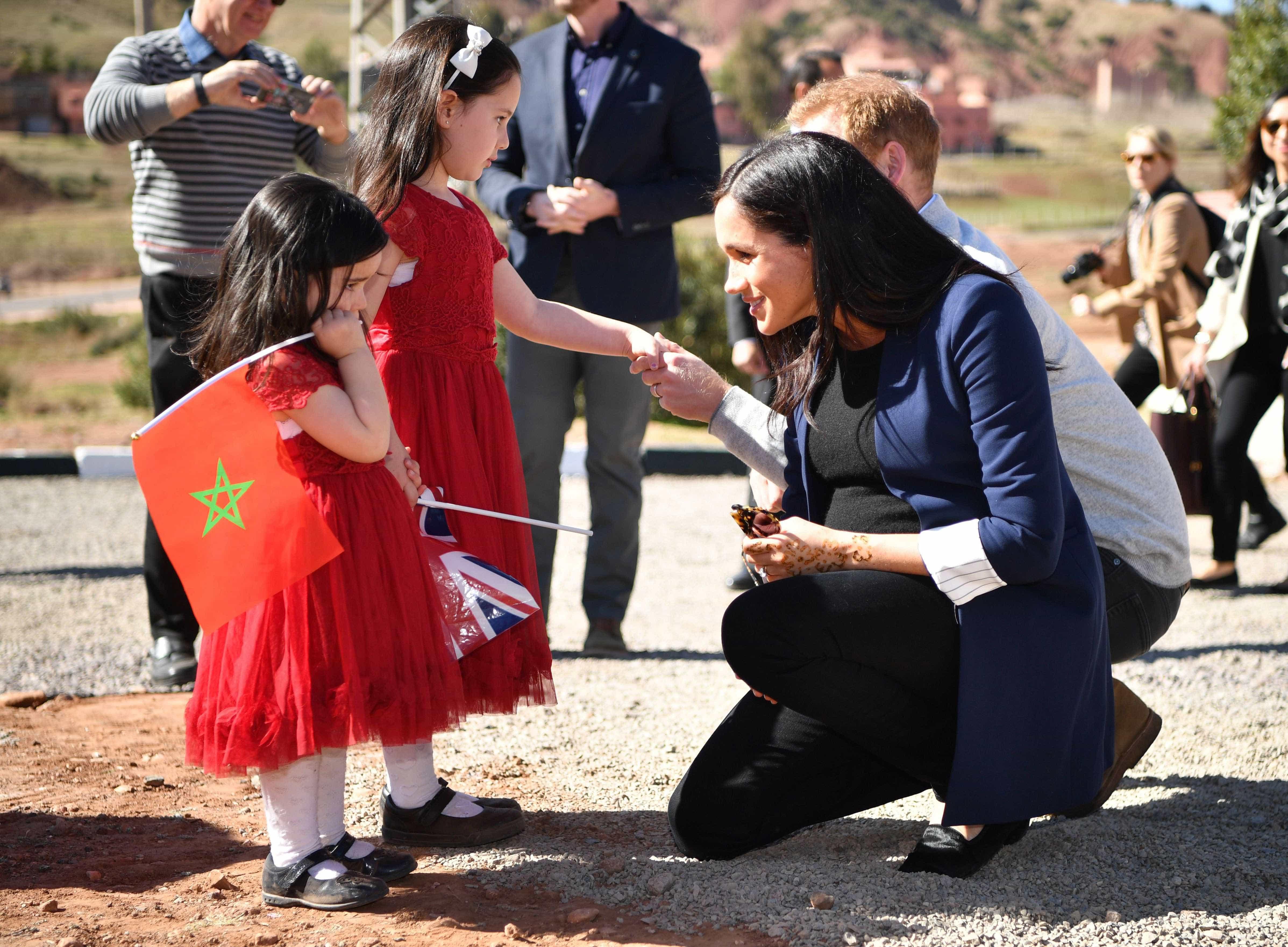 Meghan Markle e príncipe Harry: O momento amoroso da viagem a Marrocos