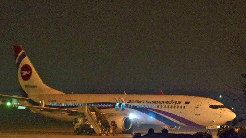 Sequestrador de avião do Bangladesh abatido após aterragem de emergência