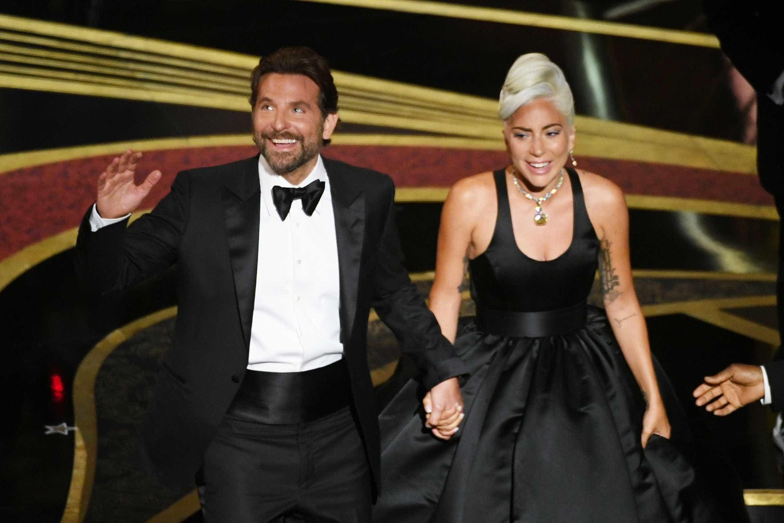Lady Gaga não 'larga' a sua personagem do filme com Bradley Cooper