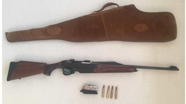Homem detido por caça ilegal. Usou munições em excesso