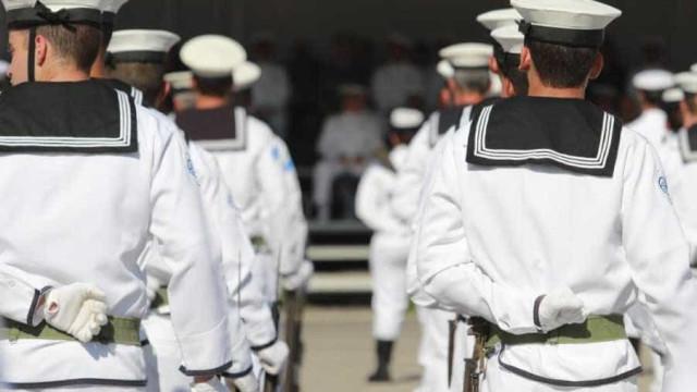 Lisboa: Marinheiro alvejado na cabeça com arma de serviço