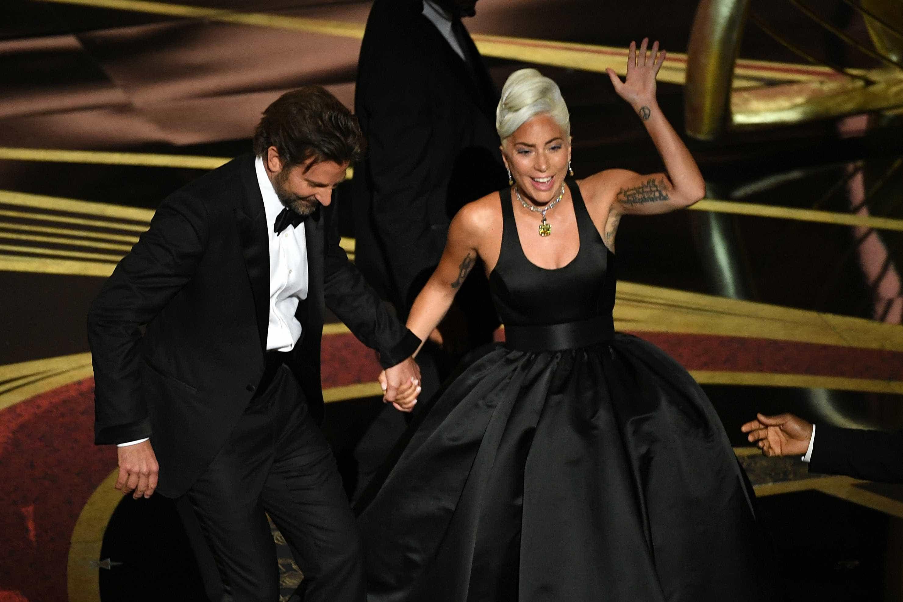 Lady Gaga 'quebra silêncio' sobre Bradley Cooper após Óscares
