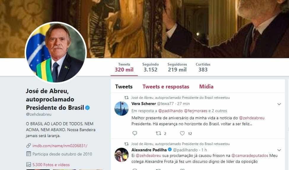 José de Abreu autoproclama-se presidente do Brasil. É a brincar mas pegou