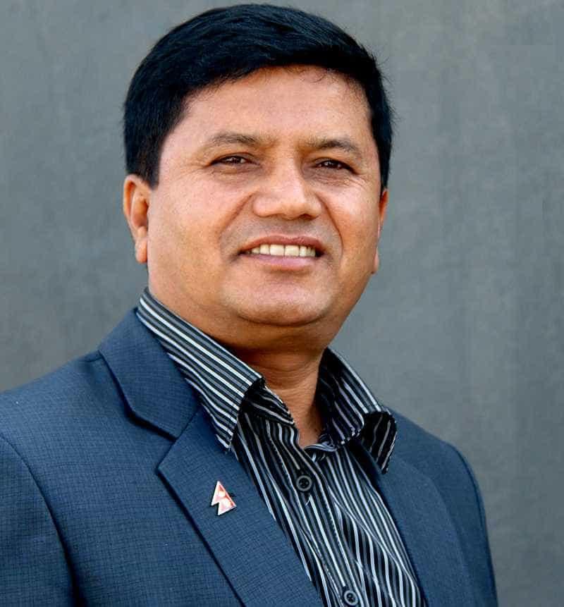 Ministro do Turismo nepalês entre os sete mortos em queda de helicóptero