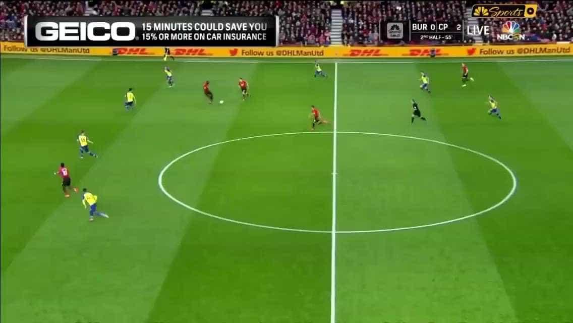 Andreas Pereira marca 'à lei da bomba' para o Man. United
