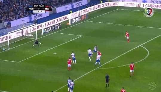 Assistência magistral de Pizzi oferece a Rafa o 2-1 frente ao FC Porto