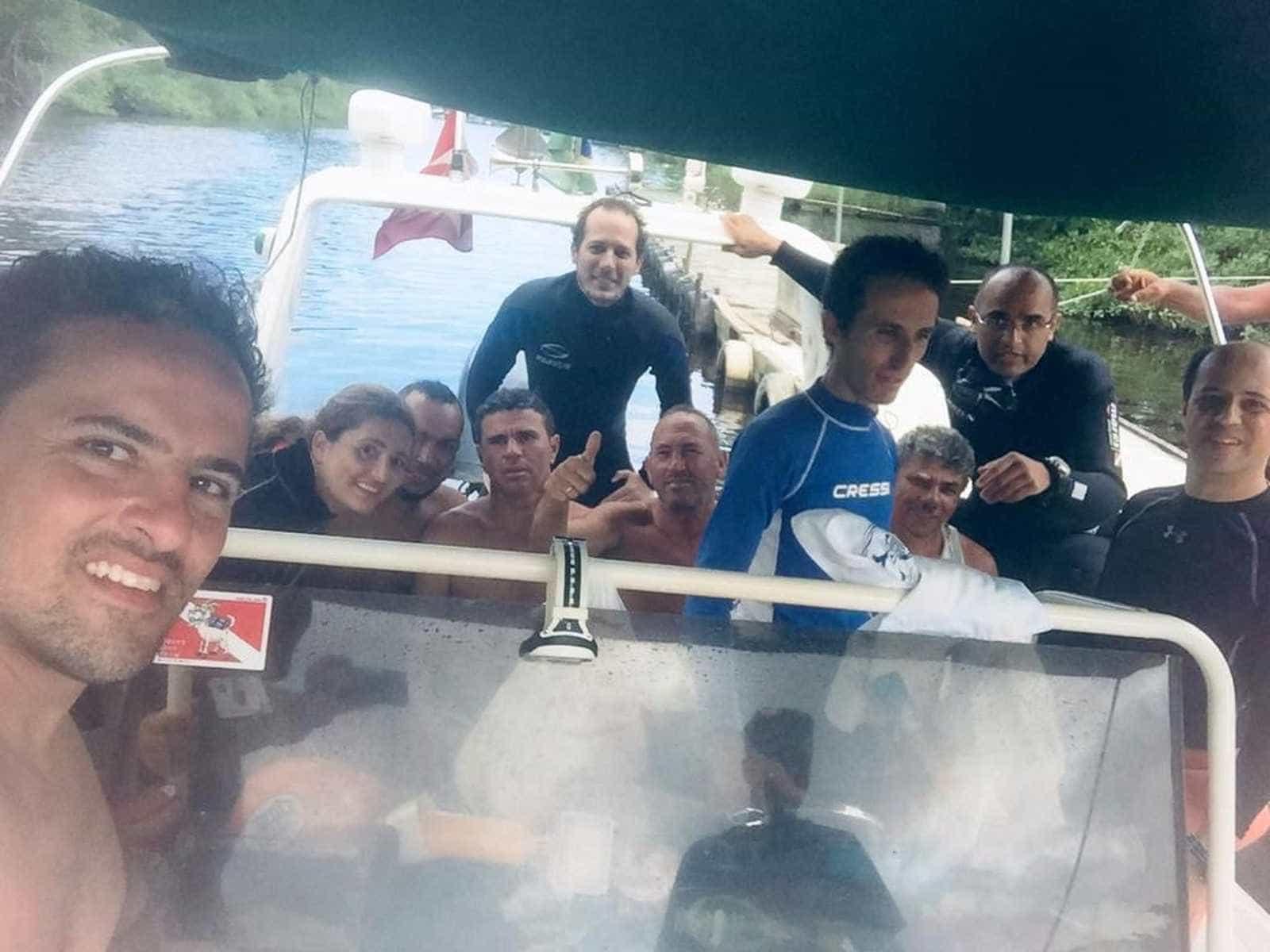 Pescadores encontrados em ilha três dias após naufrágio
