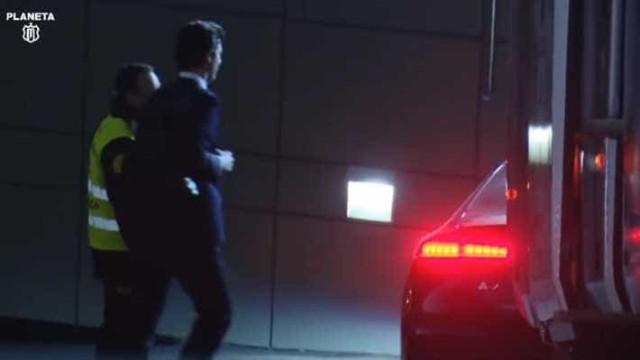 Asensio estacionou o carro e Solari teve uma reação... inesperada
