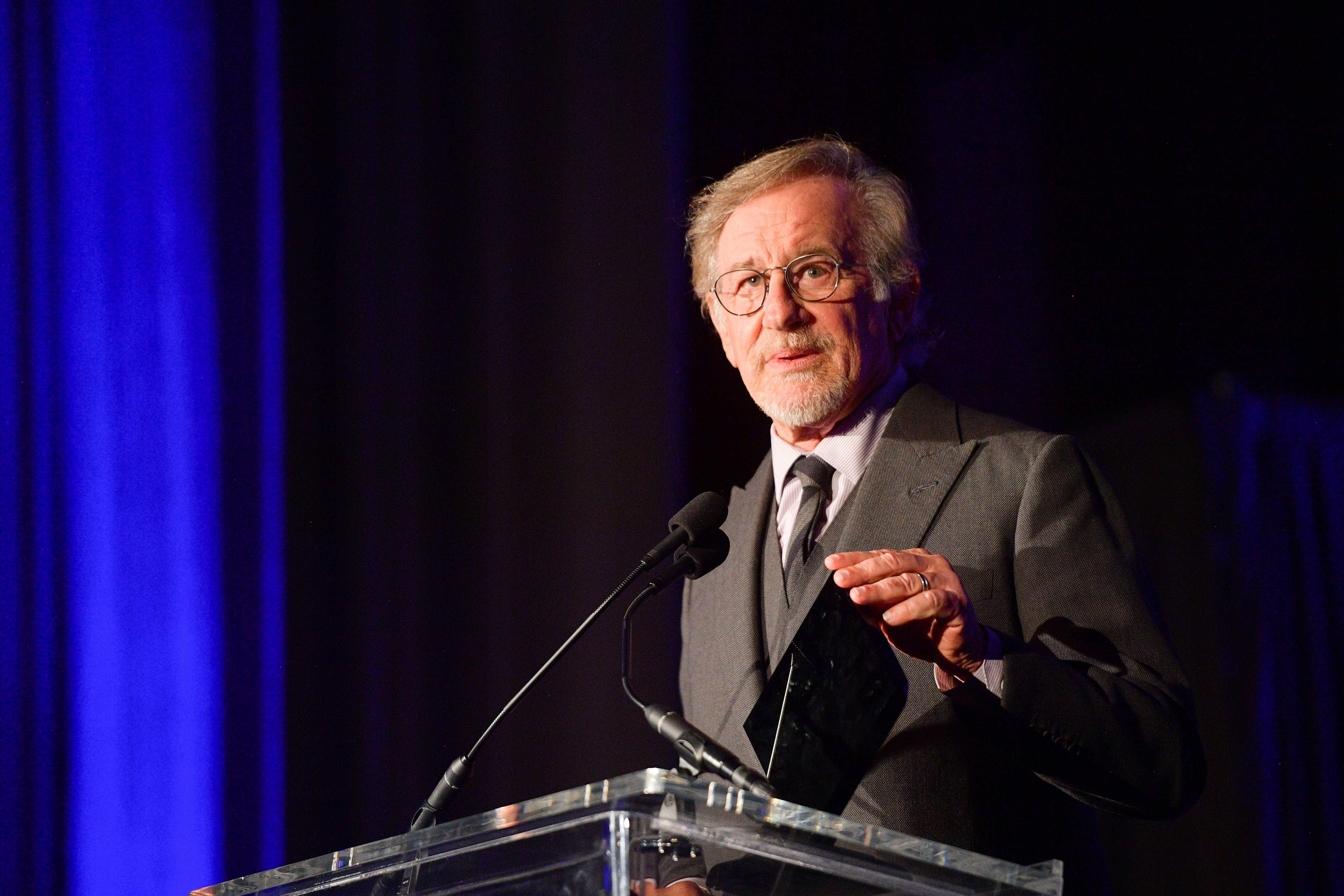 Spielberg quer afastar Netflix da corrida aos Óscares. Há quem discorde