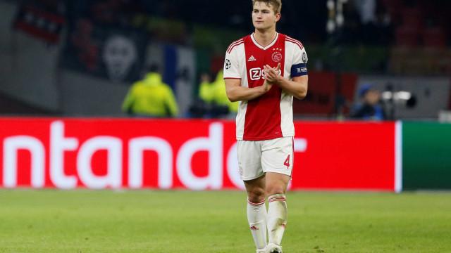 """Ajax empatou com a Juventus mas o """"adversário mais difícil foi o Benfica"""""""