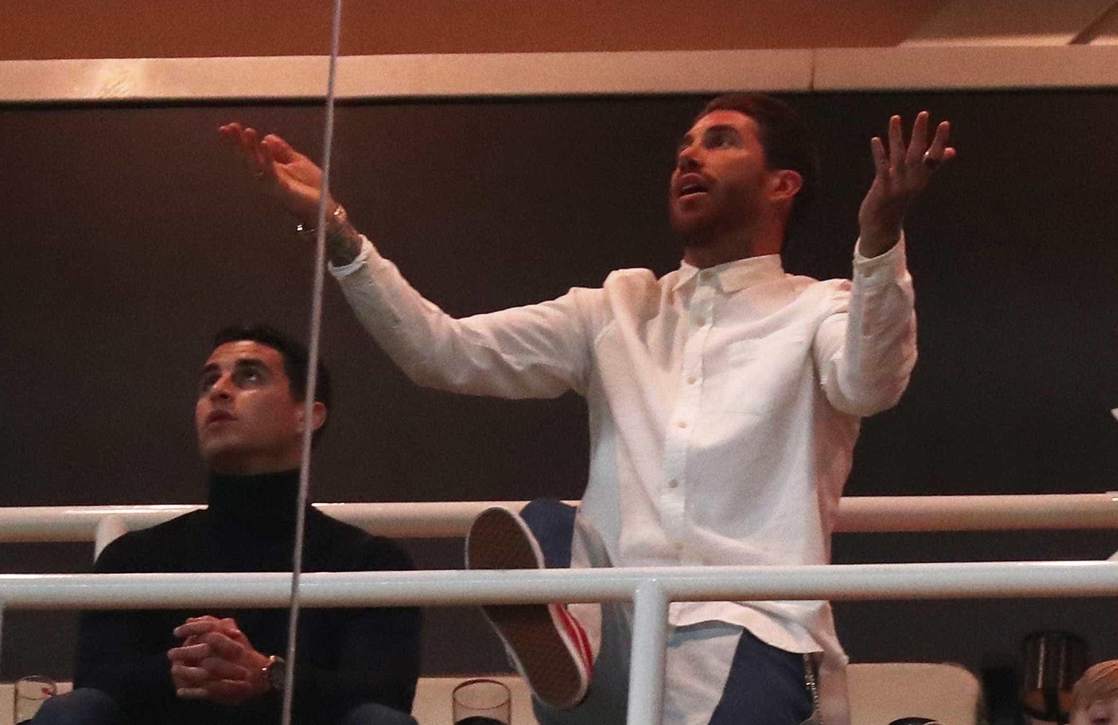 Arrependido? Ramos de cabeça perdida perante hecatombe no Bernabéu