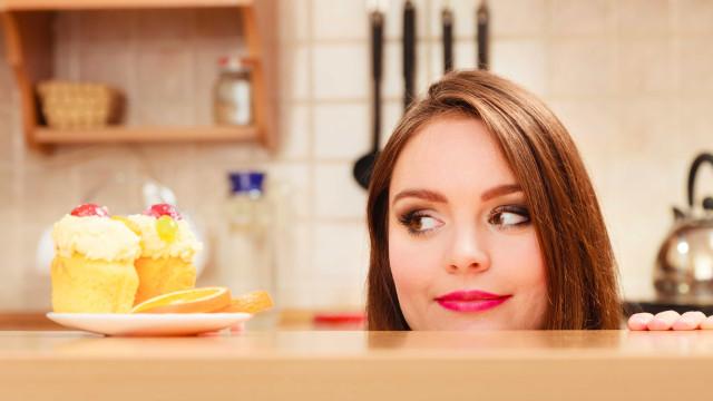Pode acreditar: Comer a sobremesa antes da refeição ajuda a emagrecer