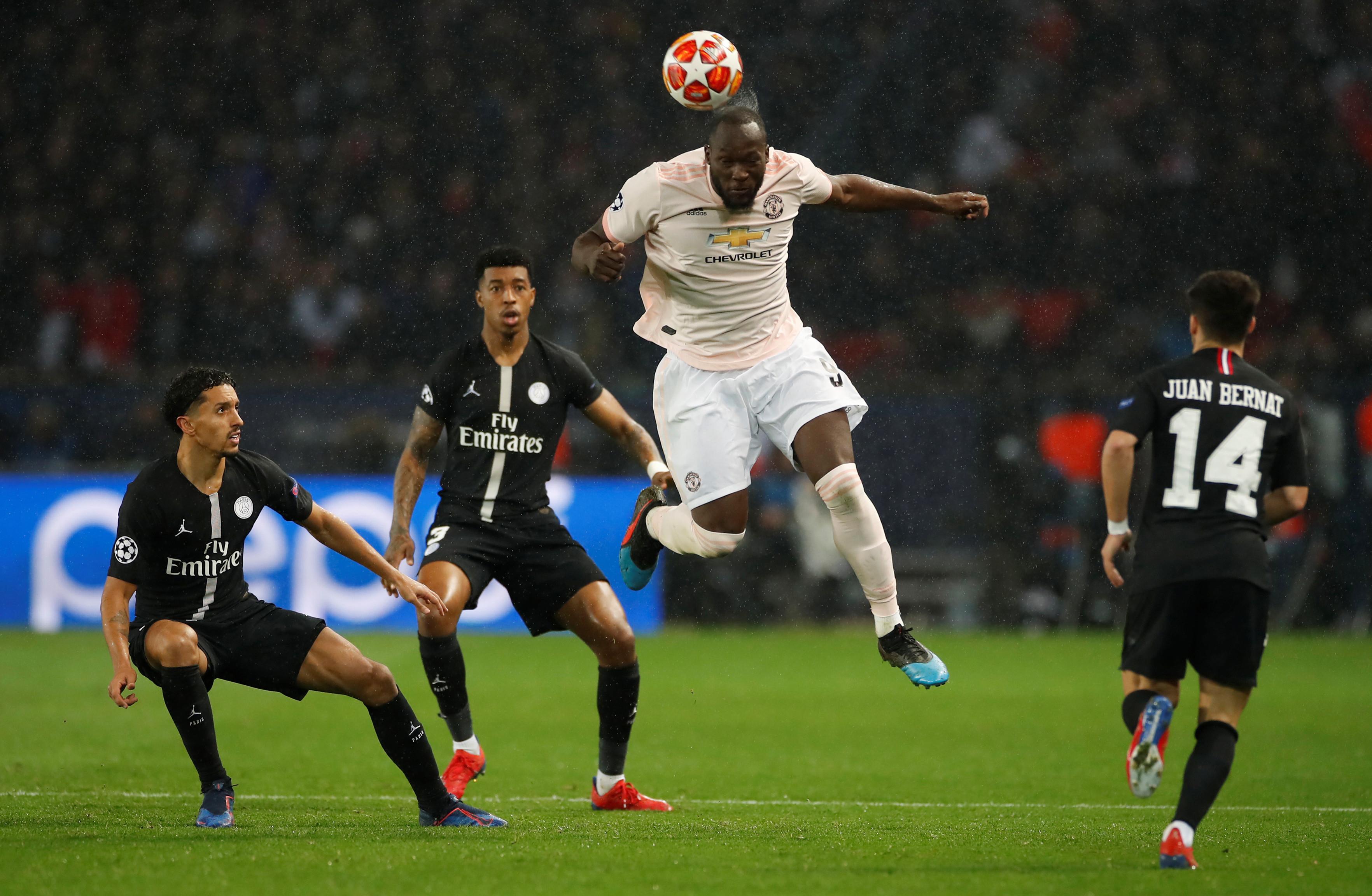 Au revoir, Champions. Manchester United elimina PSG ao cair do pano