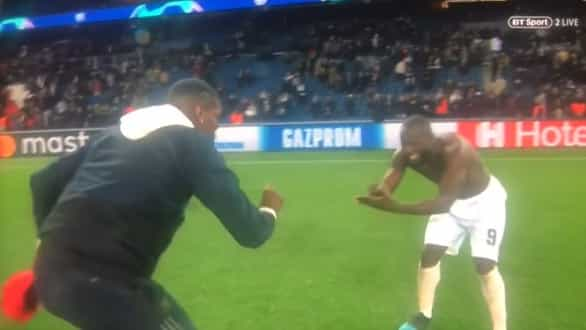 Desentendimento entre Lukaku e Pogba? Eis a prova... contrária