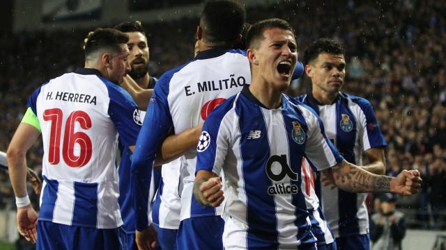 Exibição de gala e espírito de Dragão colocam FC Porto nos 'quartos'