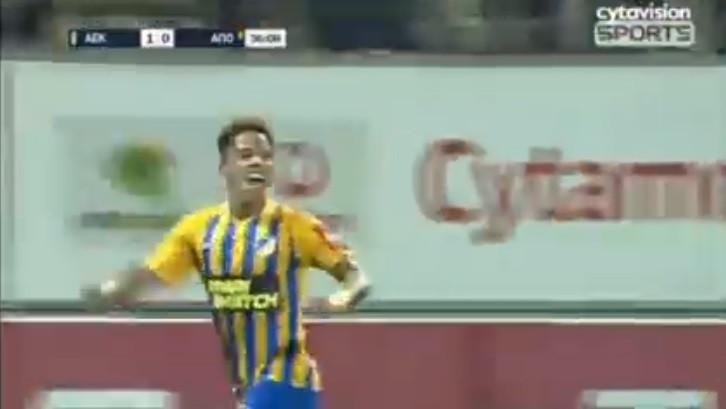 André Vidigal já brilha no APOEL em 'versão' Ferrari