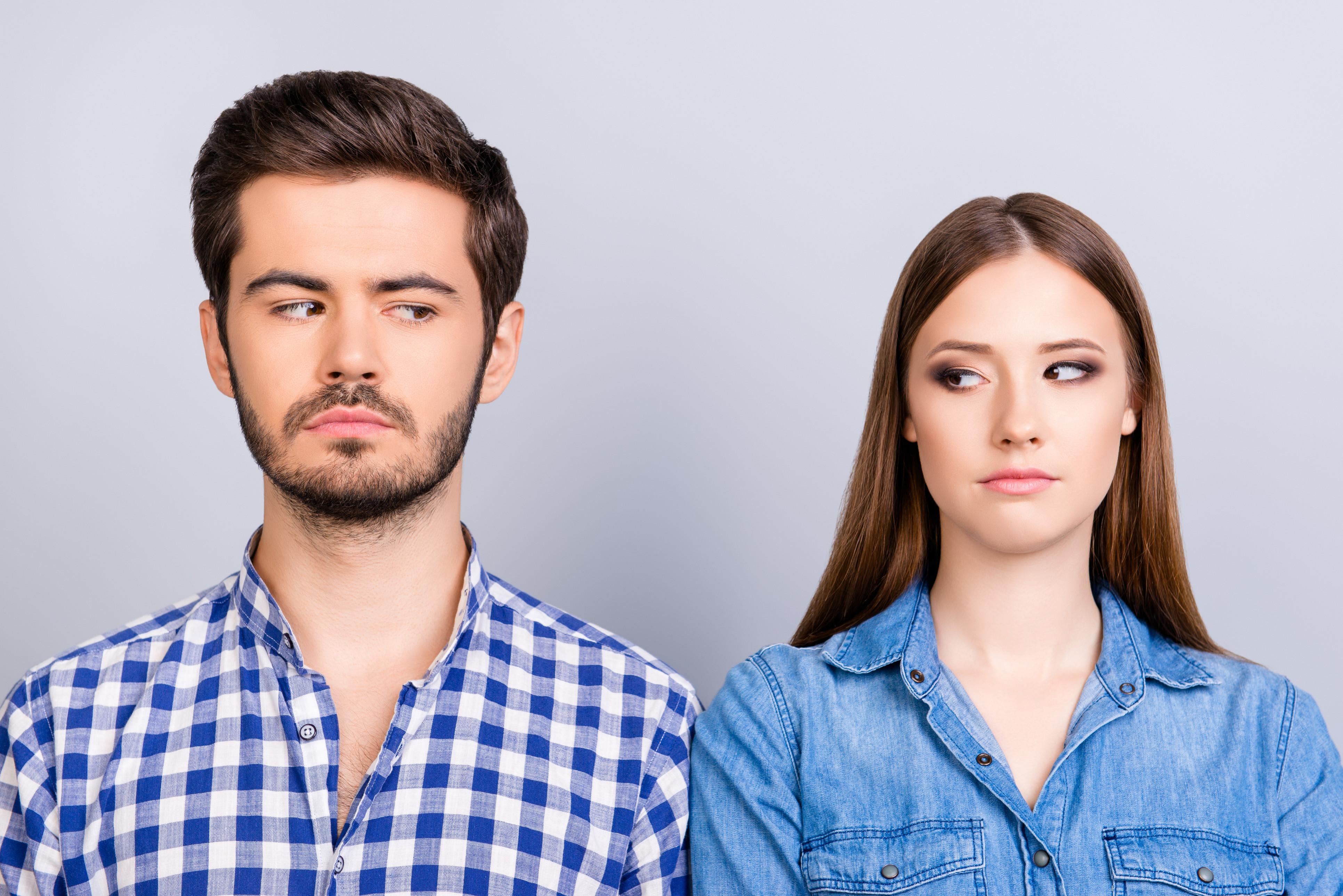 Esteja atento: Sete sinais indicadores de que lhe estão a mentir